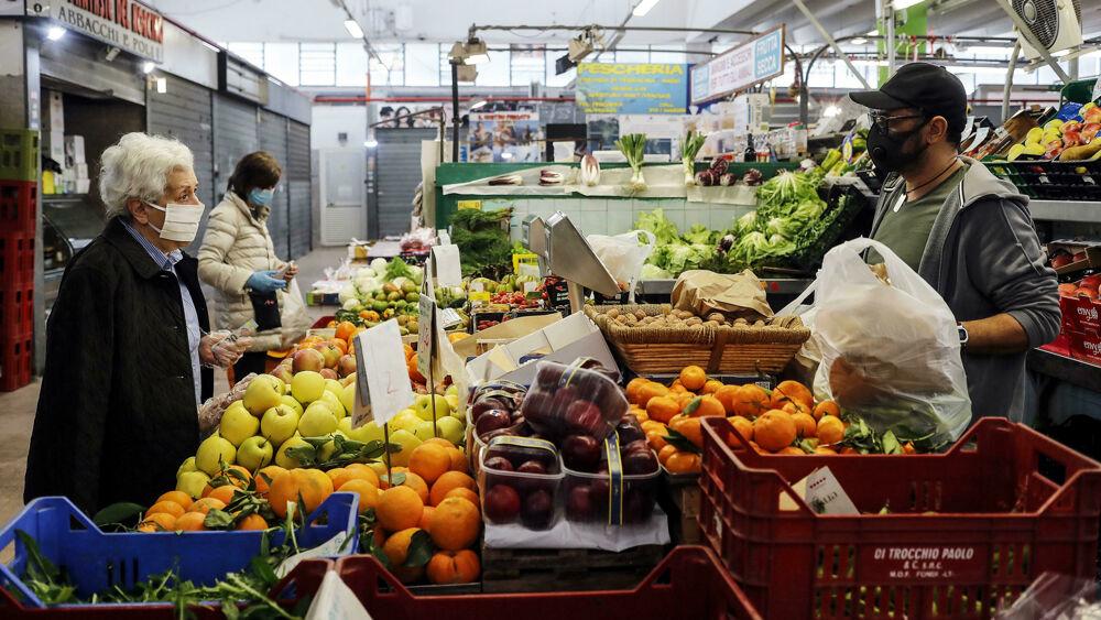 """""""Stiamo eliminando i pesticidi dal campo alla tavola, ecco come"""""""